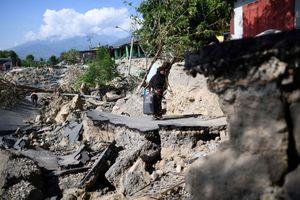 Indonesia oằn mình trong thảm họa