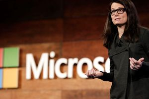 Chiến lược thâu tóm các cộng đồng công nghệ của Microsoft