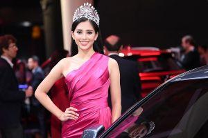 Hoa hậu Trần Tiểu Vy tạo dấu ấn đẹp tại sự kiện ra mắt xe VinFast