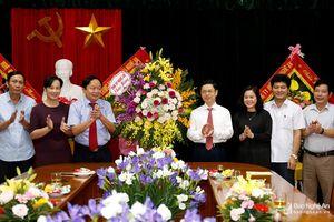 Lãnh đạo tỉnh chúc mừng Đảng bộ Khối Doanh nghiệp