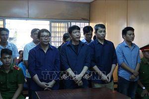 Án tù cho các đối tượng thuộc băng nhóm đưa hối lộ, bán logo 'xe vua'