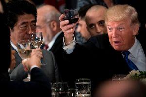 Tổng thống Trump 'nói không' với rượu bia vì sợ mất kiểm soát