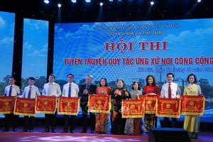 Tuyên truyền quy tắc ứng xử nơi công cộng nhằm hình thành chuẩn mực văn hóa của người Hà Nội