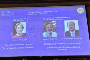 Chủ nhân giải Nobel Hóa học 2018 đã được công bố