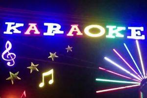 Bắt 3 đối tượng mang súng tìm đến nhà trọ uy hiếp bắt 2 cô gái bán cho quán karaoke