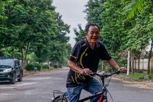 Cuộc sống ở 'ốc đảo' biệt thự ngoại thành Hà Nội