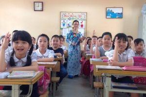 Bộ GD-ĐT lên tiếng về việc phạt tiền giáo viên gây xôn xao dư luận