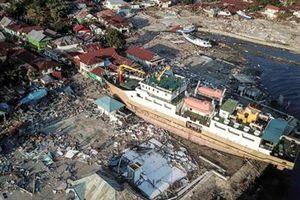 Những hình ảnh không thể tin nổi trước và sau thảm họa kép tại Indonesia