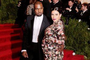 Những ngôi sao Hollywood gây bất ngờ khi tiết lộ chuyện mang thai