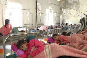 Hà Giang: 150 học sinh có biểu hiện chóng mặt, buồn nôn sau khi ăn sáng