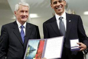 'Giải mã' cao quý song hành cùng tranh cãi của giải Nobel Hòa bình