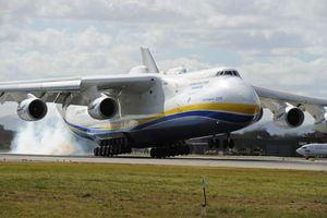 Antonov An-225, gã khổng lồ lỡ hẹn với bầu trời trong kho ở Ukraine