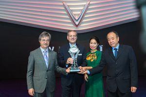 VinFast nhận giải 'Ngôi sao mới' tại Paris Motor Show
