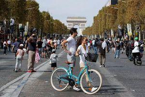 Paris cải thiện không khí và giao thông công cộng chỉ bằng một sáng kiến