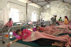 150 học sinh tiểu học nhập viện nghi bị ngộ độc