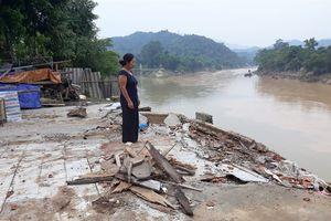 Thủy điện mọc lên tai ương ập xuống: 1 huyện 6 thủy điện, chịu sao thấu!
