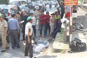 Hà Nội: Người đàn ông bị tàu hỏa đâm tử vong khi lao qua đường sắt