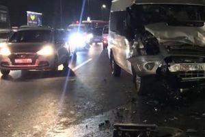 Sửa xe trên cầu Nhật Tân, lên facebook cảnh báo vẫn bị ôtô tông chết