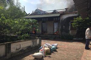 Vĩnh Phúc: Uống rượu say, một thanh niên châm lửa đốt nhà mình