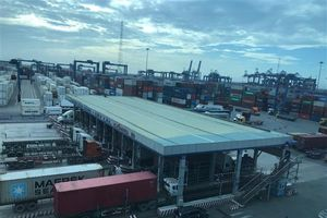 Nhiều hãng tàu thực hiện lệnh giao hàng điện tử