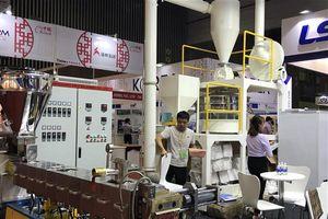 Nhiều DN quan tâm đến công nghệ sản xuất nhựa tại VietnamPlas 2018