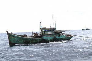 Hàng chục tàu cá uy hiếp hành lang an toàn đường ống dẫn khí
