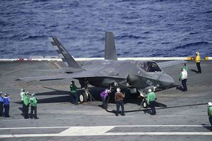 Siêu tiêm kích F-35 Mỹ: Siêu tốn kém, siêu sai sót