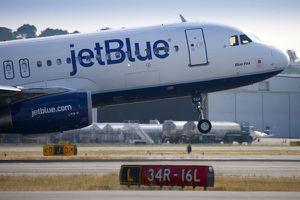 Hàng không Mỹ chạy đua bán vé rẻ