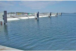 Tính toán tấm nệm vải địa kỹ thuật nhồi bê tông bảo vệ bề mặt mái dốc trong các công trình thủy công