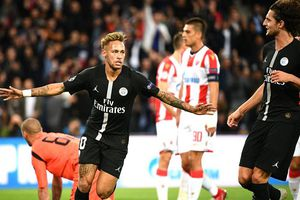 Lập hattrick tại Champions League, Neymar vẫn khó 'chung mâm' cùng Messi