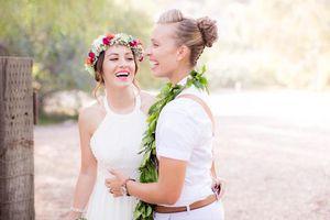 Đám cưới cổ tích của cặp đồng tính nữ xinh như thiên thần khiến ai nhìn cũng ganh tị