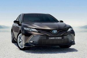 Toyota 'trình làng' Camry hybrid 2019 phiên bản tiết kiệm nhiên liệu