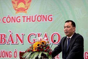 Bàn giao về Bộ Công Thương 14 chi cục quản lý thị trường miền Trung- Tây Nguyên