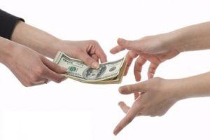 Giả danh CSGT để 'mượn' hơn 20 triệu đồng của hơn chục nhà xe