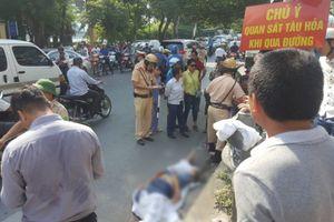 Hà Nội: Một người đàn ông tử vong vì băng qua đường sắt