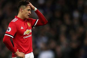 Bức xúc với HLV Mourinho, Alexis Sanchez tìm đường rời MU