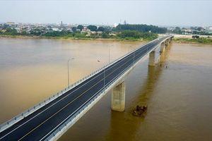 Chuẩn bị thông xe 2 tuyến đường mới quanh Hà Nội