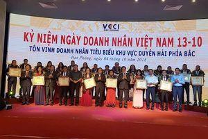 Tôn vinh 30 doanh nhân tiêu biểu khu vực duyên hải phía Bắc
