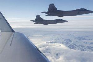 Phi công Mỹ không tin F-22 dám tham chiến tại Syria