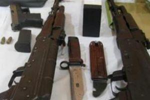 Xem xét kỷ luật Trưởng, Phó CA huyện vì để cấp dưới trộm súng đi bán