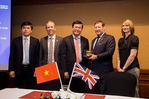 Hội đồng Anh ký kết thỏa thuận hợp tác với Bộ Giáo dục và Đào tạo Việt Nam