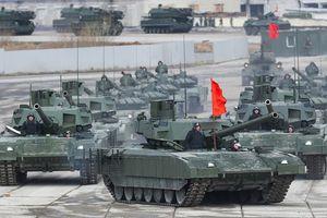 Ấn Độ lên kế hoạch chi 4,5 tỷ đô la để sở hữu siêu tăng T-14 Armata của Nga