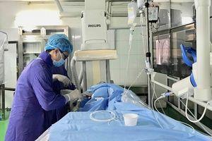 Cứu sống sản phụ bị chảy máu sau đẻ bằng can thiệp nội mạch
