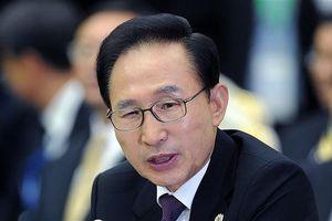 Cựu Tổng thống Hàn Quốc Lee Myung-bak nhận án tù 15 năm vì tham nhũng