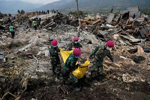 Thảm họa ở Indonesia: 'Ngày nào chúng tôi cũng tìm thấy thêm thi thể'