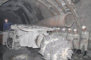 Đẩy nhanh tiến độ dự án khai thác hầm lò mỏ Khe Chàm II-IV