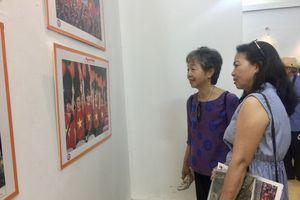 Những khoảnh khắc đẹp về nụ cười trong cuộc sống của người Hà Nội