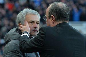 Trước vòng 8 Premier League: MU sa thải Mourinho?