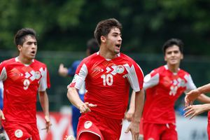 Hành trình cổ tích như U23 Việt Nam của U16 Tajikistan