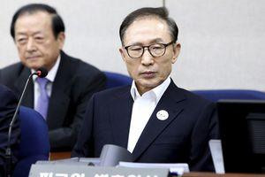 Cựu Tổng thống Hàn Quốc bị kết án 15 năm tù vì tham nhũng